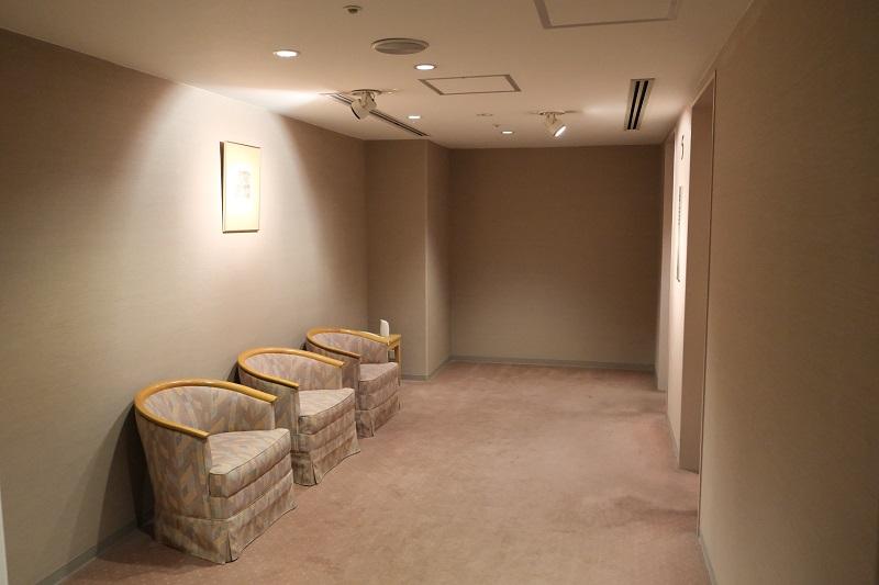 ベリーノホテル5階のエレベーターホールの風景写真