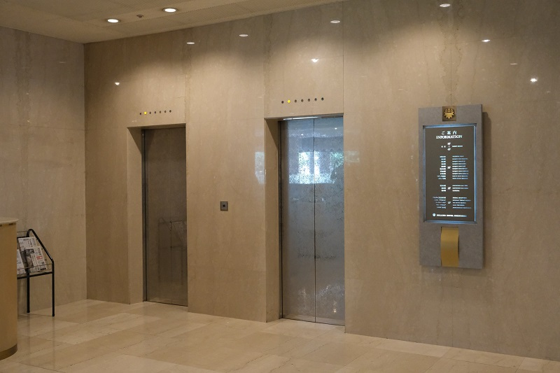 ベリーノホテルの客室へのエレベーター