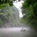 【夏の猊鼻渓】舟下りの様子と季節の絶景をご紹介!